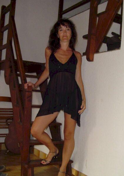 Adoptez une femme mature coquine qui se sent seule