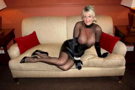 Pour un amant à fond qui désire une rencontre cougar tard le soir